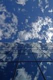 χτίζοντας Windows γραφείων Στοκ Φωτογραφία
