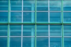 χτίζοντας Windows γραφείων Στοκ φωτογραφίες με δικαίωμα ελεύθερης χρήσης
