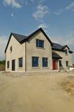 χτίστε το συγκεκριμένο σπίτι νέο στοκ φωτογραφία με δικαίωμα ελεύθερης χρήσης