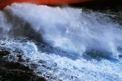 Χτύπημα θαλάσσιου νερού Στοκ εικόνες με δικαίωμα ελεύθερης χρήσης