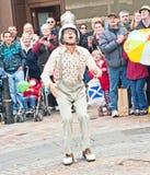 Χτύπημα κτυπήματος Maynard που πιάνει τα πετώντας αυγά Στοκ εικόνα με δικαίωμα ελεύθερης χρήσης