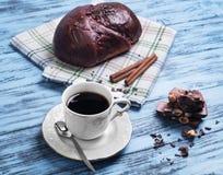 Χυμένη κουλούρι τήξη σοκολάτας Στοκ εικόνα με δικαίωμα ελεύθερης χρήσης