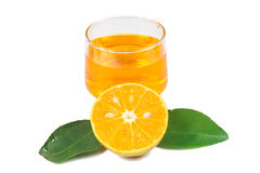 Χυμός από πορτοκάλι και φέτες στοκ εικόνα