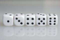 χωρίστε σε τετράγωνα παιχνίδι κύβων Στοκ Φωτογραφία