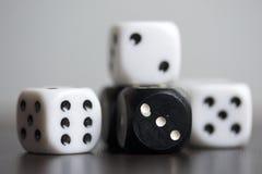 χωρίστε σε τετράγωνα παιχνίδι κύβων Στοκ φωτογραφίες με δικαίωμα ελεύθερης χρήσης