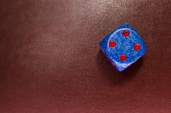 Χωρίστε σε τετράγωνα στο κόκκινο δέρμα Στοκ Φωτογραφίες
