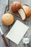 Χωριάτικοι ψωμί, σίτος και αλεύρι Στοκ Εικόνα