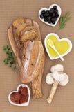Χωριάτικο ψωμί ντοματών και ελιών Στοκ Εικόνες