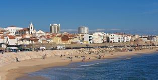 Χωριό και παραλία Buarcos, Φιγκέιρα ντα Φους, Πορτογαλία στοκ εικόνες