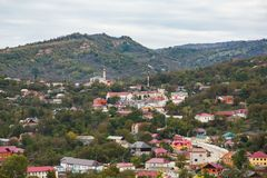 Χωριό μεγάλου υψομέτρου σε Τσετσενία - nozhai-Yurt Στοκ φωτογραφίες με δικαίωμα ελεύθερης χρήσης