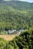 Χωριό στα βουνά, επαρχία Anhui, Κίνα Στοκ εικόνες με δικαίωμα ελεύθερης χρήσης