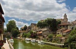 χωριό της Γαλλίας καναλι Στοκ Εικόνες