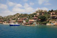 Χωριό Kalekoy στο τουρκικό νησί Kekova Στοκ εικόνα με δικαίωμα ελεύθερης χρήσης