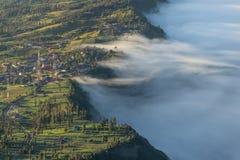 Χωριό Lawang Cemero ένα πρωί, βουνό ηφαιστείων Bromo, ανατολή Στοκ Εικόνες