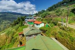 Χωριό Okhrey, βουνά Himalayan στο υπόβαθρο, στο Sikkim, Ινδία Στοκ φωτογραφίες με δικαίωμα ελεύθερης χρήσης