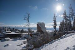 Χωριό Pleso Strbskie (Σλοβακία) που καλύπτεται με το χιόνι Στοκ Φωτογραφία