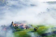 Χωριό Uribarri Aramaio στην κοιλάδα Στοκ Εικόνες
