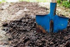 χώμα φτυαριών Στοκ φωτογραφίες με δικαίωμα ελεύθερης χρήσης