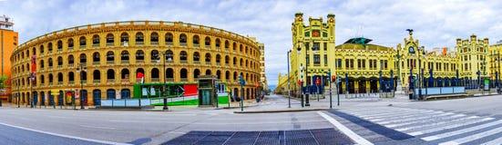 Χώρος αρενών ταυρομαχίας και κεντρικός σταθμός, Plaza del Toros, Βαλένθια, Ισπανία Στοκ φωτογραφίες με δικαίωμα ελεύθερης χρήσης