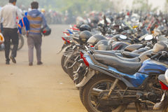 Χώρος στάθμευσης Ασία Δελχί μοτοσικλετών της Ινδίας στοκ φωτογραφία με δικαίωμα ελεύθερης χρήσης