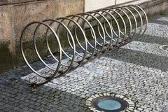 Χώρος στάθμευσης για τα ποδήλατα Στοκ φωτογραφία με δικαίωμα ελεύθερης χρήσης