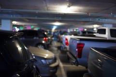 Χώρος στάθμευσης θαμπάδων με τα αυτοκίνητα Στοκ φωτογραφίες με δικαίωμα ελεύθερης χρήσης