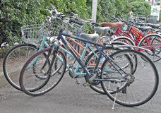 χώρος στάθμευσης ποδηλά&tau Στοκ Εικόνες
