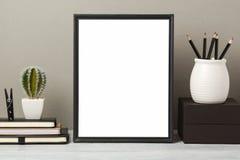 Χλεύη πλαισίων επάνω στον πίνακα στοκ φωτογραφία με δικαίωμα ελεύθερης χρήσης