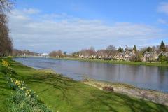 Χλοώδεις τομείς της Ness ποταμών Στοκ Φωτογραφίες
