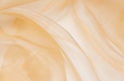 Χλωμιάστε - ρόδινο ύφασμα organza με τις πτυχές Στοκ Εικόνες