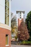 Χ Dean Pape Bell Tower στη πανεπιστημιούπολη της Πολιτείας του Όρεγκον, Γ Στοκ Εικόνες