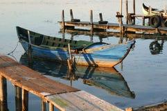 ψάρια βαρκών όμορφα στοκ φωτογραφίες