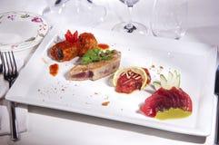 ψάρια πιάτων που προετοιμάζονται Στοκ εικόνες με δικαίωμα ελεύθερης χρήσης