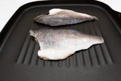 ψάρια σε ένα τηγάνι Στοκ Εικόνες