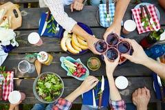 Ψήσιμο με το κόκκινο κρασί Στοκ εικόνες με δικαίωμα ελεύθερης χρήσης