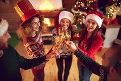 Ψήσιμο στο νέο εορτασμό έτους Στοκ φωτογραφίες με δικαίωμα ελεύθερης χρήσης