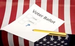 Ψήφος ψηφοφόρων με τις επιλογές για την αλλαγή Στοκ φωτογραφία με δικαίωμα ελεύθερης χρήσης