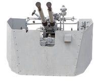 ψαλιδίζοντας το πυροβόλο όπλο ΙΙ απομονωμένος ναυτικός πολεμικός άσπρος κόσμος μονοπατιών ΙΙ πολεμικός κόσμος Στοκ Φωτογραφία
