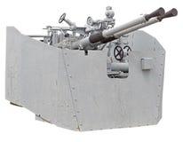 ψαλιδίζοντας το πυροβόλο όπλο ΙΙ απομονωμένος ναυτικός πολεμικός άσπρος κόσμος μονοπατιών ΙΙ πολεμικός κόσμος Στοκ Φωτογραφίες