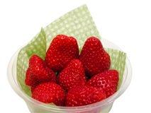 ψαλιδίζοντας φράουλες & Στοκ Εικόνα