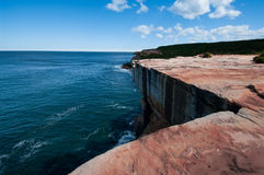 ψαμμίτης βράχου απότομων βρά Στοκ εικόνα με δικαίωμα ελεύθερης χρήσης