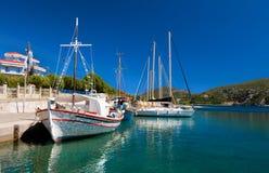 ψαράδες Ελλάδα βαρκών Στοκ Φωτογραφίες
