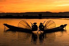 Ψαράδες Inle στο ηλιοβασίλεμα, το Μιανμάρ Στοκ εικόνες με δικαίωμα ελεύθερης χρήσης