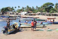 Ψαράς αστακών στην παραλία του Los Cobanos Στοκ φωτογραφίες με δικαίωμα ελεύθερης χρήσης
