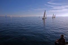 Ψαράς και sailboats Στοκ εικόνα με δικαίωμα ελεύθερης χρήσης