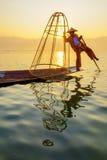 Ψαράς στη λίμνη Inle, Shan, το Μιανμάρ Στοκ Εικόνες