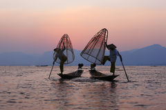 Ψαράς στη λίμνη Inle στοκ εικόνες με δικαίωμα ελεύθερης χρήσης
