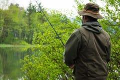 Ψαράς στη δράση στοκ φωτογραφία με δικαίωμα ελεύθερης χρήσης