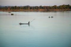 Ψαράδες στην αυγή, ποταμός Μεκόνγκ Στοκ Εικόνα
