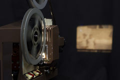 ψαλιδίζοντας συμπεριλαμβανόμενος ταινία τρύγος προβολέων μονοπατιών Στοκ εικόνες με δικαίωμα ελεύθερης χρήσης